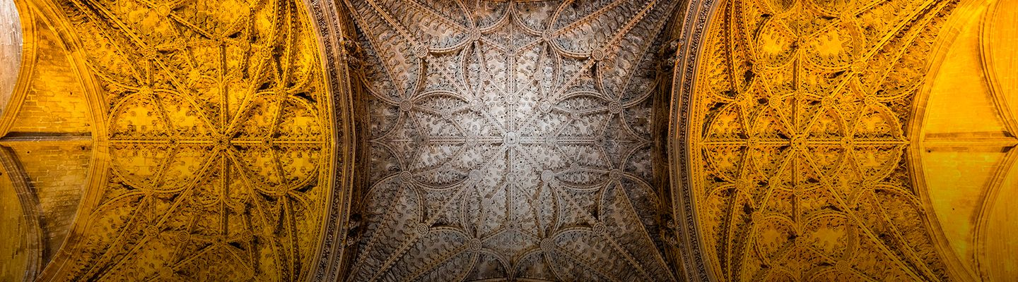 Cathedral of Seville: from the mobile audioguide to the smart guide